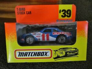 MATCHBOX COLLECTIBLES SUPER FAST SAUBER RACER & T-BIRD STOCK CAR 1:64 scale