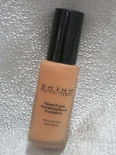 SKINN Cosmetics Plasma Fusion Nourishing Serum Foundation Golden 1 oz NEW