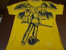 Nike University Of West Virginia Mountaineers Medium Standard Fit T Tee Shirt Y1