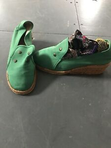 70s does 40s Vintage Espredrille Wedge Shoes