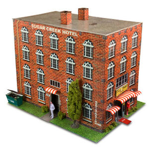 BK 4307 1:43 Scale Hotel Photo Real Scale Building Kit Innovative Hobby Supply