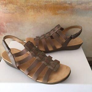 Naturalizer Women's Wyonna Gladiator Stretch Sandals N5 Comfort Size 10 Wide EUC