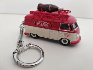 Superbe Porte clé Volkswagen bus combi Coca Cola en  métal, dans son coffret