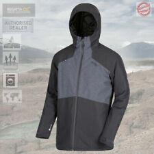 Cappotti e giacche da uomo impermeabile grigio Regatta