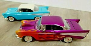 2 lot 1957 Chevy Bel Air 1:24 scale diecast cars with moving doors, hood, trunk