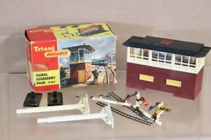 TRIANG R581 SIGNAL BOX TOWER ACCESSORY PACK nw