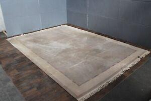 Teppich Original Nepal 357 X 248  Mit Umrandung. NP 3400€ !!