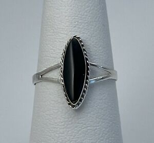 Taxco Mexico 925 Sterling Silver Black Onyx Ring Size 8