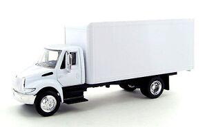 "NewRay International 4200 1:43 diecast 8"" model delivery Box Truck White NEW"