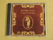 CD / JETHRO TULL - LIVING IN THE PAST