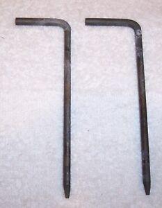 99 - 06 GMC CHEVROLET HEADLIGHT MOUNT TAB RETAINER BRACKET PIN - PAIR - SET OF 2