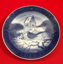 Royal Copenhagen Christmas Collector Plate,1966, Blackbird at Christmastime
