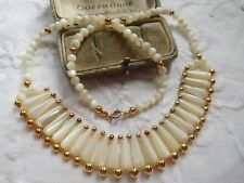 Beautiful Vintage 1960s Genuine Mother of Pearl Necklace