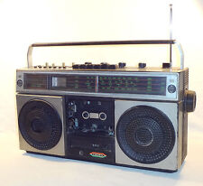 VINTAGE 1979 CROWN CSC-645 BOOMBOX * 4 BAND RADIO CASSETTE RECORDER * WORK