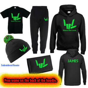 New SHARE THE LOVE,Boys Girls Tracksuit Gift Set,T-Shirt, Beanie,Wallet,Present