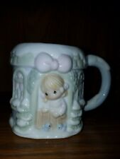 1994 Precious Moments 3D Raised Sugar Town Winter Wonderland Mug - Blue Cup