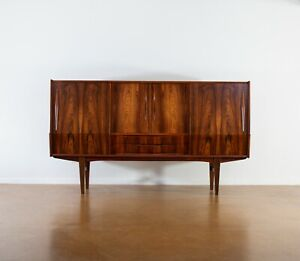 Vintage Danish Rosewood Credenza. 1960s. Mid Century Modern. MCM. Free Shipping