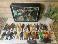 Star Wars!!!! 35 Vintage Figures and 1977 Case - Kenner