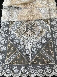 ANTIQUE LACE -CIRCA 1920, FINE FRENCH NORMANDY LACE TABLE RUNNER