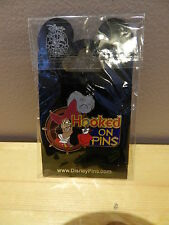 DISNEY HOOKED ON PINS PIN CAPTAIN HOOK FROM PETER PAN