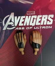 1/6 Hot Toys Age Of Ultron Hawkeye MMS289 Pair of Relaxed Palms *US Seller*