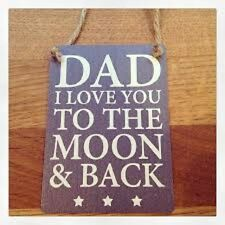 """Mini """"Dad I Love You to the Moon and Back"""" Metal Sign/Plaque 9x6cm"""
