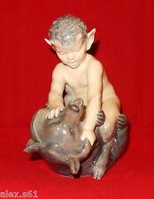 Royl Copenhagen Porzellan Figur  Figuren Faun auf Bär