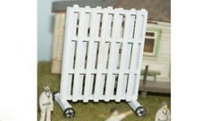 OO Sport Scene (Cricket Game) - Unpainted Sight Screen - Langley F35b free post