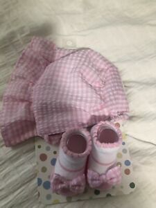 Brand New Bonnet And Booties Set 0-12M