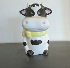 Salt & Pepper Shaker, black & white cow in two pieces - the head + body