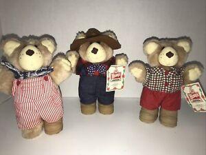 Vintage Wendy's Furskins Bears Plush Stuffed Animal 1 Missing Shoe 1986 Lot Of 3