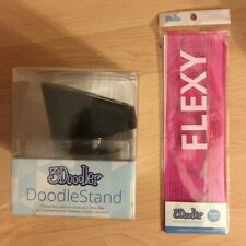 3Doodler Stand  & 1 pack of Flexy Pink Strands