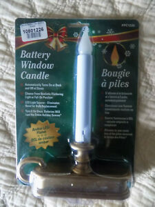 LED Deluxe Antique Brass Base Battery window candles automatic on/off dusk/dawn