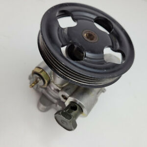 2001 Mitsubishi Montero Sport Power Steering Pump with Pulley
