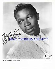 BB KING SIGNED AUTOGRAPHED 8x10 RP PHOTO VERY YOUNG BLUES LEGEND