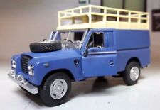 Ambulances miniatures gris, 1:43