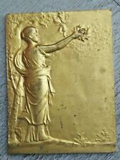 plaque de table medaille bronze doré signé f rasumny hommage, Août 1921.