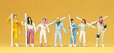 Preiser 10316 Skiers Standing With Skis 00/H0 Model Railway Figures