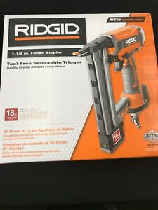 New Ridgid Finish Staplet 1-1/2 in. 18-Gauge Fastener Depth Control Bag Included