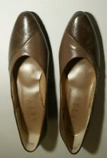 Women's brown size 9 Comfort Flex by US Shoe Corporation Selby! NEW!