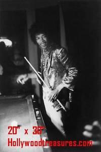 "JImi Hendrix~Billiards~Shooting Pool~Playing Pool~Photo~Poster 20""x 30"""