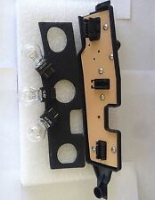 1988-02 CHEVY 1500/95-00 TAHOE/92-99 SUBRBAN TAIL LIGHT CONECTOR PLATE LH w/BULB