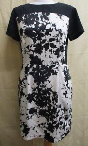 BNWOT SIZE 10 LADIES BLACK & WHITE SMART OFFICE PENCIL DRESS