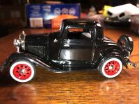 1932 Ford 3-Window Coupe Diecast 1:32 National Motor Museum Mint