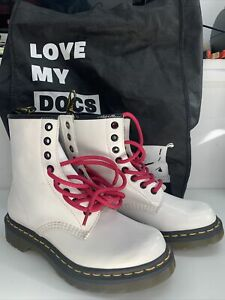 DR MARTENS WHITE PATENT 8 HOLE BOOTS SIZE 3 WORN ONCE