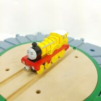 Thomas & Friends train MOLLY Yellow Diecast Metal ENGINE 2009 Mattel Gullane