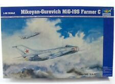Mikoyan-Gurevich MiG-19S Farmer C Air Force Trumpeter 1:48 Kit Opened 02803