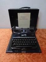 DDR Rheinmetall Kleinschreibmasche para P. Ej. Viajes/Portable - 7,4kg - Vintage