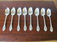 1847 Rogers Bros IS REMEMBRANCE Set of  8 Teaspoons Silverplate Flatware Lot E