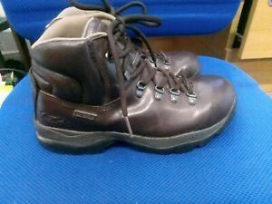 Hi-Tec brown leather waterproof walking boots size 6/39